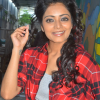 Janani Iyer New Photos