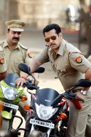 Dabangg 2 Movie  latest photos (1)