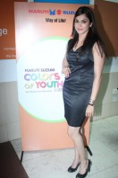 Isha Koppikar At Maruti Suzuki Colors Of Youth (5)
