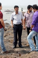 Manoj-Bajpai-On-The-Sets-Of-Shapath- phots (8)