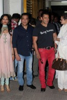 Salman Khan Watches Vishwaroopam Movie, photos gallery (2)