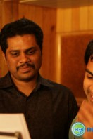 Simbu Sings for Back Bench Student (2)
