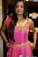 Priyamani at Jos Alukkas Showroom Launch (1)