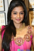 Priyamani at Jos Alukkas Showroom Launch (16)