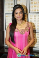 Priyamani at Jos Alukkas Showroom Launch (19)
