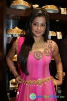 Priyamani at Jos Alukkas Showroom Launch (3)