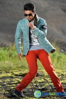 Ram Charan Photos in Nayak (33)