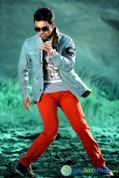 Ram Charan Photos in Nayak (39)