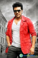 Ram Charan Photos in Nayak (8)