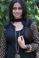 Sravani Actress Photos (14)