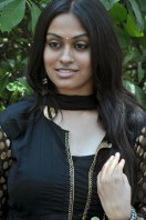 Sravani Actress Photos (5)