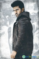 Yevadu Movie New Stills (1)