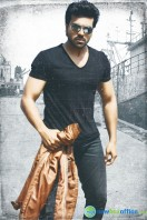 Yevadu Movie New Stills (3)