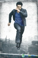 Yevadu Movie New Stills (5)