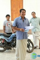 Kadal Kadannoru Mathukkutty Movie Stills (19)