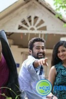 Olipporu Movie Stills (16)