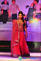 Shriya Saran Ramp Walk at Passionate Foundation Fashion Show (20)