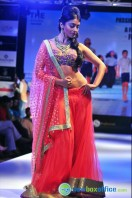 Shriya Saran Ramp Walk at Passionate Foundation Fashion Show (32)