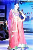 Shriya Saran Ramp Walk at Passionate Foundation Fashion Show (34)
