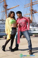 Theeya Velai Seiyyanum Kumaru New Hot Stills (12)