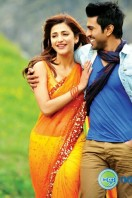 Yevadu Film Stills