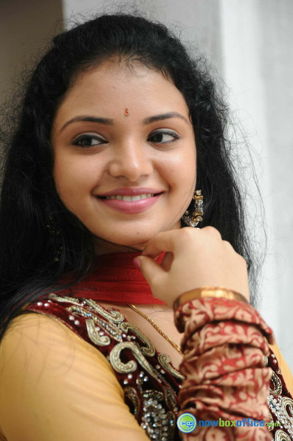 Missing 17 Year Old Girl Believed To Be In Eureka: Supraja New Stills Supraja At Pustakamlo Konnipageelu
