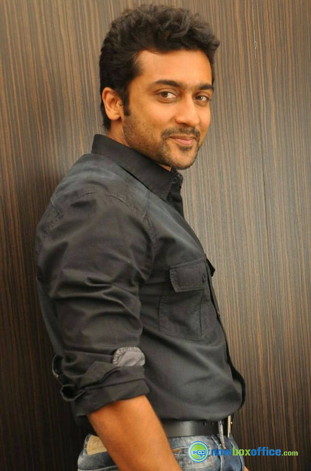 Surya Actor Stills Surya At Yamudu Success Meet 19