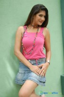Neha Saxena at Q Film Shooting Press Meet (5)