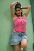 Neha Saxena at Q Film Shooting Press Meet (6)