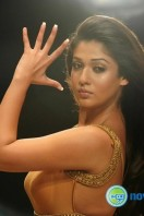 Nayanthara New Hot Photos (1)