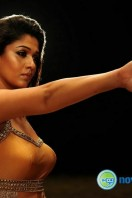 Nayanthara New Hot Photos (2)