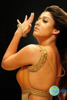Nayanthara New Hot Photos (5)