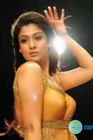 Nayanthara New Hot Photos (7)