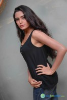 Sangeetha Bhat Photos (7)