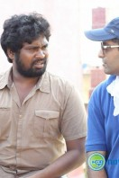 Arima Nambi Shooting Stills (2)