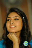 Komal Jha New Photos (4)