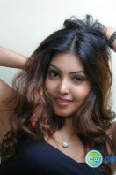 Komal Jha New Photoshoot (1)