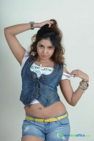 Komal Jha New Photoshoot (11)