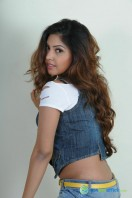 Komal Jha New Photoshoot (20)