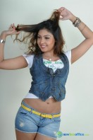 Komal Jha New Photoshoot (23)