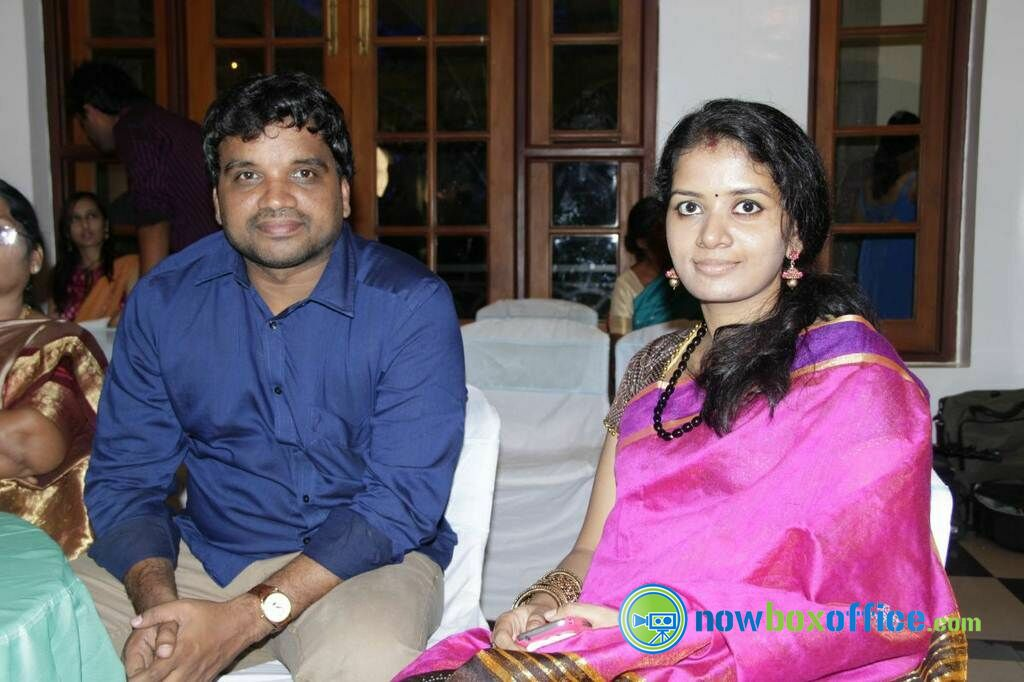 Lakshmy Ramakrishnan Daughter Marriage Reception Gallery Lakshmi Ramakrishnans Daughter