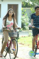 Oru Indian Pranayakatha New Stills (37)