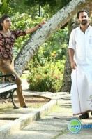 Oru Indian Pranayakatha New Stills (61)