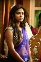 Oru Indian Pranayakatha New Stills (91)