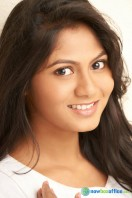 Shruthi Reddy actress photos (15)
