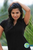 Actress Niranjana Photos (3)