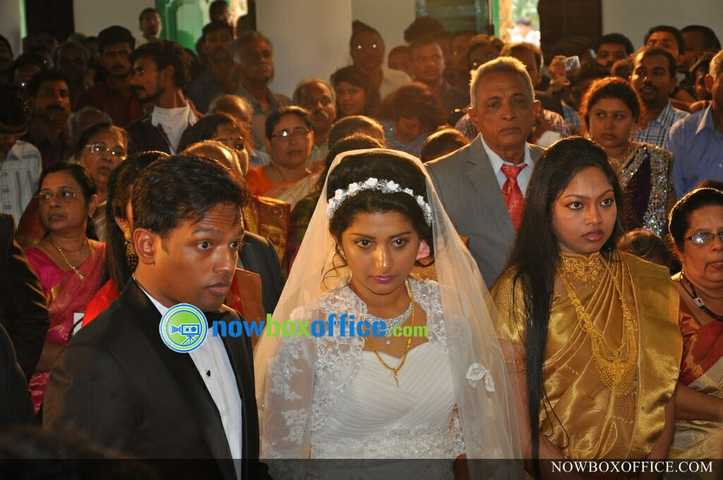 Meera Jasmine marriage photos » Meera jasmine wedding photos (15)