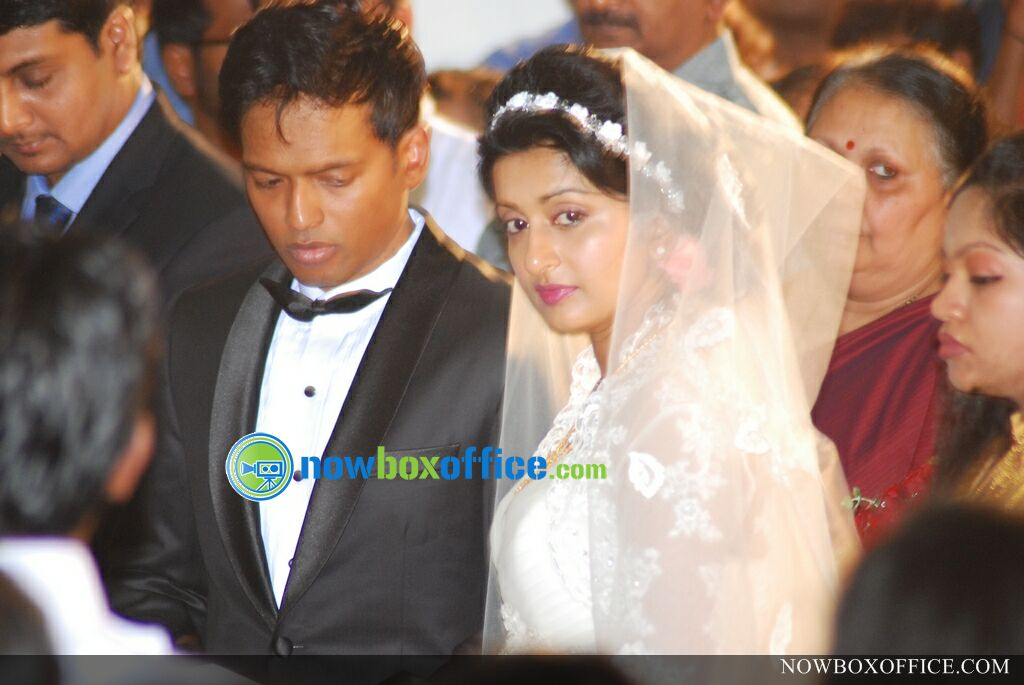 Meera Jasmine marriage photos » Meera jasmine wedding photos (2)