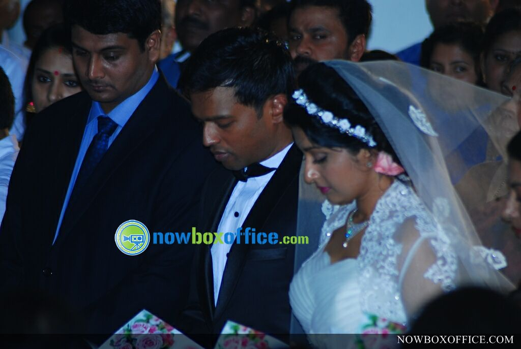 Meera Jasmine marriage photos » Meera jasmine wedding photos (36)
