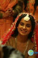 Queen movie new stills (13)